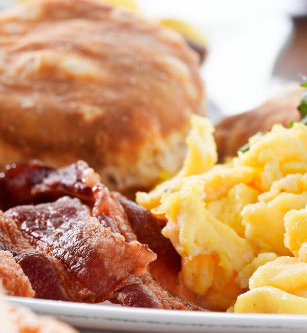 Desayunos: americano, inglés e italiano