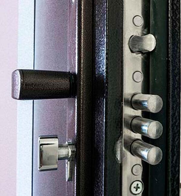 Cómo aumentar la seguridad de una puerta de entrada